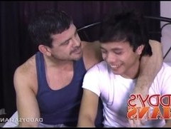 Big Daddy Fucks Asian Twink Dylan