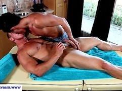 Straight dude fucks his masseur