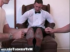 Muscular groom relaxes with homo feet slobbering