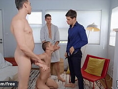 Four Stunning Muscular Fraternity Brothers Bareback Each Other Until They Cum - Men